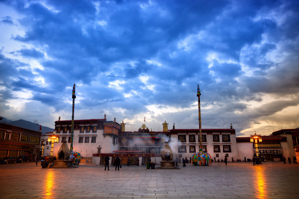 Jokhang Sunrise