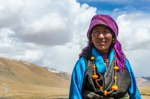 Tibetan nomad woman near Everest